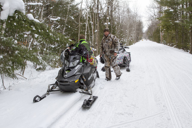 The abandoned railroad trails were so straight it was easy to see oncoming sleds!