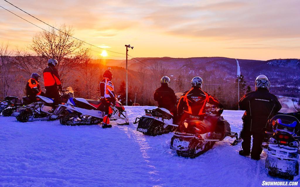 Algoma-Snowmobiling-Sunset